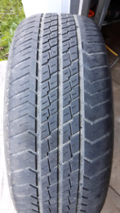 Set of 4 265/60/16 motomaster all season tires.
