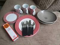 Plates & cultery set