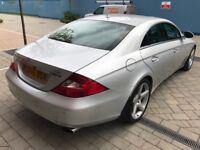 Mercedes CLS 320 3.0 CDI **AUTO (7G) Full Main Dealer Service History Leathers SATNAV/DVD