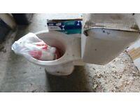 toilet - toilet, cistern, seat, valves (garage clearance - all unused)