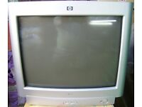 HP MONITOR MODLE PEII71T £5
