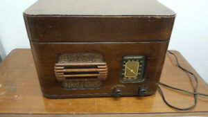 Vintage Stewart Warner Record Player/Radio - More for Sale