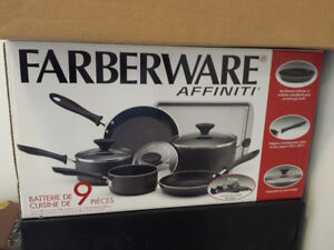 9pc cooking set brand new