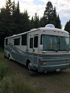 1998  38ft Fleetwood Discovery