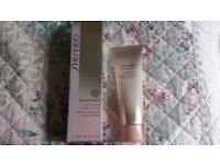 Shiseido Benefiance Extra Creamy Cleansing Foam Luxury Face Wash 125ml NEW