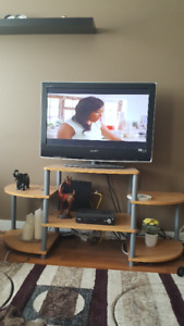 """32"""" LCD Sony TV with remote & free stand located in Yorkton, SK"""