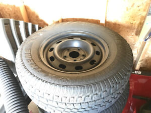 (4) 265/70/17 Avalanche Extreme winter tires&wheels