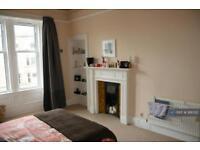 2 bedroom flat in Marchmont, Edinburgh, EH9 (2 bed)