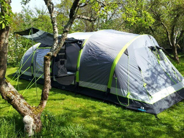Inflatable tent HiGear Airgo Nimbus 8 berth and extras all in immaculate condition & Inflatable tent HiGear Airgo Nimbus 8 berth and extras all in ...