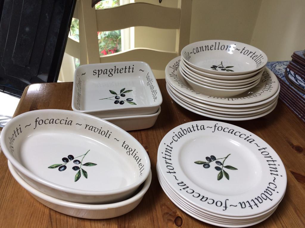 Olive pattern crockery set & Olive pattern crockery set | in Wirral Merseyside | Gumtree