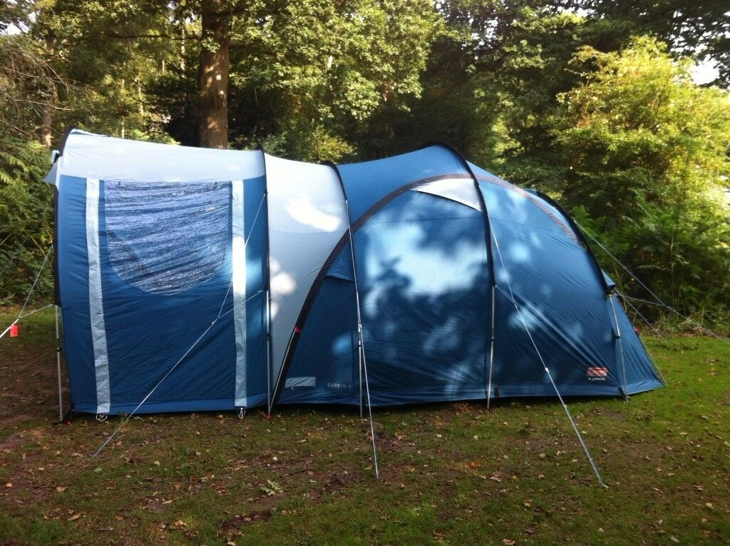 Coleman Darwin 5 Family Tent with 2 sleeping pods large living space and storage area & Coleman Darwin 5 Family Tent with 2 sleeping pods large living ...