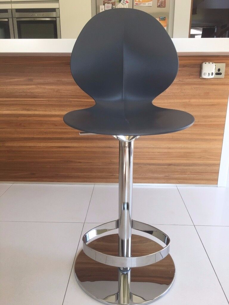 Charmant Brand New Calligaris Basil Gas Lift Bar Stools, Matt Grey (4 Of)