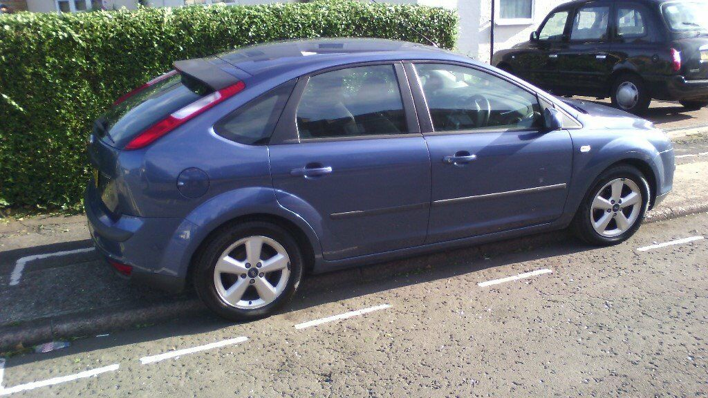 FORD FOCUS 2005 1.6 ZETEC CLIMATE SERVICE BOOK MOT JUNE 2018. & Ford - FOCUS - 2005 for £795.00 - UK Cheap Used Cars markmcfarlin.com