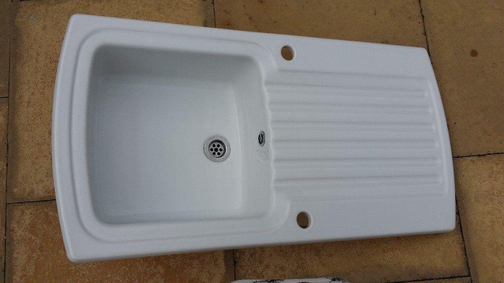 ceramic armitage shanks kitchen sink ceramic armitage shanks kitchen sink   in hucknall      rh   gumtree com