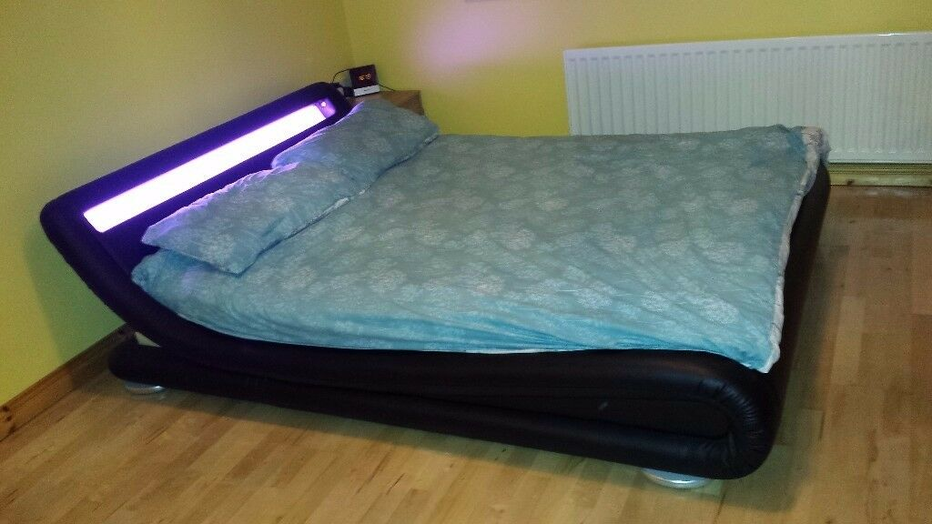 Modern Designer LED Low Bed Frame King Size 5 Ft Black Very Good Condition