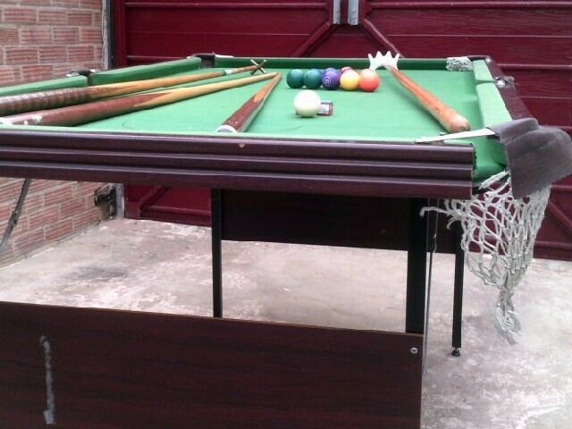 snooker table6x3 set of balls 2 cues2 rests triangle & snooker table6x3 set of balls 2 cues2 rests triangle score ...