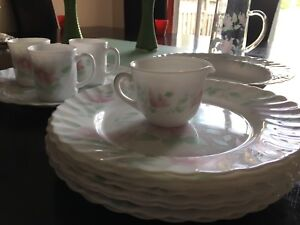 Arcopal dishes & Table Charm | Buy or Sell Kitchen u0026 Dining in Ontario | Kijiji ...