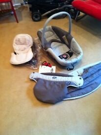 Jane Car Seat/ Carry Cot- Lie flat or seated position, with rain cover, booster ,0-10mths