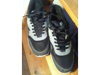 Nike Air Max - Size 10 (Grey/White/Blue)