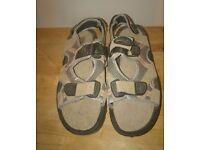 Size 11 men's walking sandals