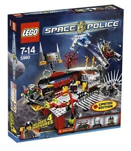 LEGO 5980 SPACE POLICE Squidman's Pitstop Limited Edition NEW
