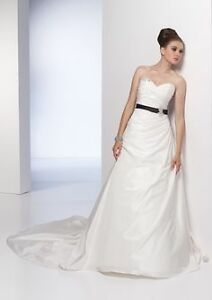 Unaltered, Never Worn Ivory Alyce Wedding Dress w/ Marquise Veil