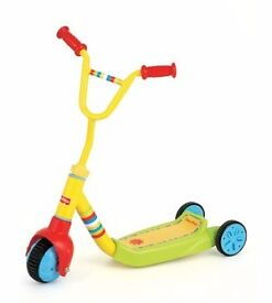 Fisher-Price SCOOTER (Grow With Me 3 to 2 Wheelin) in very good condition