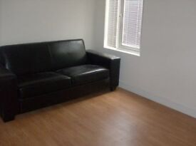 1 Bedroom Flat, Available January, Roath, £620 PCM