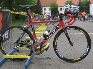 Kuota Triathalon Racing Bicycle - Carbon Frame