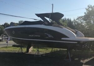 Gorgeous 2015 Regal 3200 Bowrider