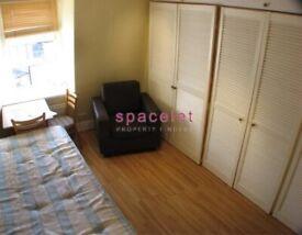*Move In Quick* Semi-Studio To Rent Matheson Road, West Kensington/Barons Court W14 8SW.