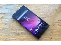 Sony Xperia Z5 Compact - Mint condition with box