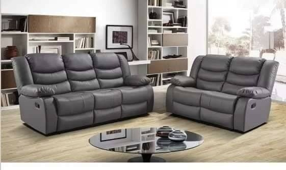 Luxury Julie Bonded Leather Recliner Sofa With Pull Down Cupholders