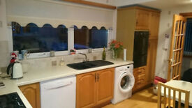 KITCHEN UNITS & VARIOUS ELECTRICAL APPLIANCES