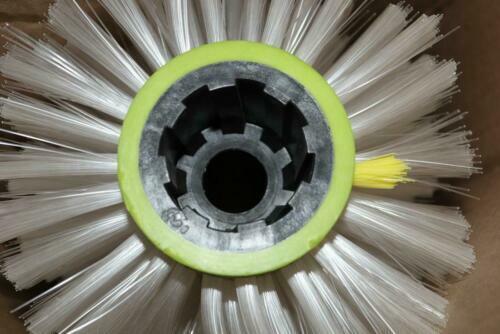 """Factory Cat Nylon Cylinder Brush 38"""" 387-697M"""