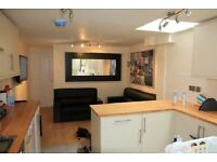 6 bedroom house in Hubert Road, Selly Oak, B29