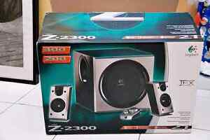 Logitech Z2300 Speakers and Subwoofer
