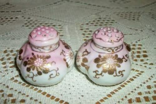 VICTORIAN HP MELON SALT PEPPER SHAKERS PINK GILT WHITE FLOWERS ANTIQUE