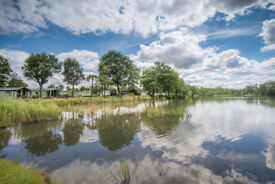 Static caravan holiday homes for sale on 5 star holiday park in Herefordshire