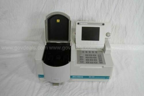 BECKMAN COULTER DU 520 GENERAL PURPOSE UV VIS SPECTROPHOTOMETER Lab Equipment