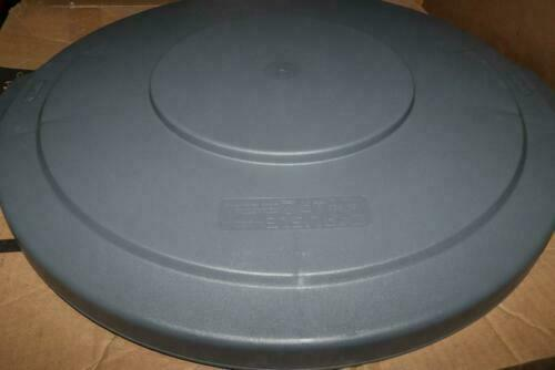 Carlisle Flat Lid Gray for Round Bronco Waste Container 34103323