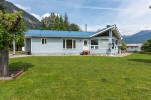 Lardeau home for sale, Kaslo Real Estate Nelson Kootenay Lake Ka
