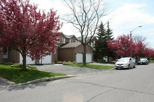 Beautiful 3 bedroom townhome in highly desirable Hunt Club area