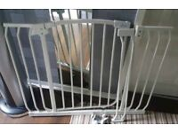 Dreambaby gates with extention