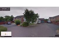 2 Bedroom House to rent in May Close, Swindon