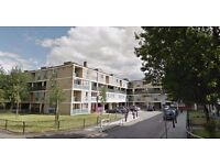 Stepney E1--- Amazing 4 Bed Flat Available Now - £554 Per week - E1 3LH - Call Now!