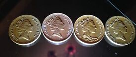Amazing rare 1p coin the queen appears to be wearing a scarf
