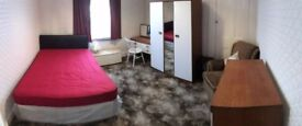 5 x DOUBLE ROOMS & 1 x SINGLE ROOM TO RENT IN ILFORD IG1 !! very close to station ref #1036