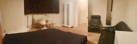 Large Double Room for rent in Forest Hill