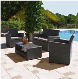 Lovely brand new 4 seater rattan garden/conservatory set